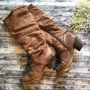 Brown Distressed Boots Rocky from BareTraps Sz 7M